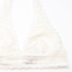 Victoria's Secret Intimates & Sleepwear - NWOT Victoria's Secret Lace Halter Plunge Bralette